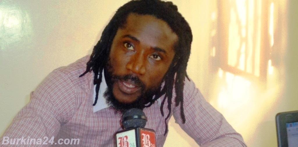 Elie Kamano chante à Burkina24