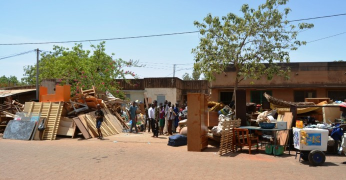 Ouaga : Une famille à la rue à Bilbalogo